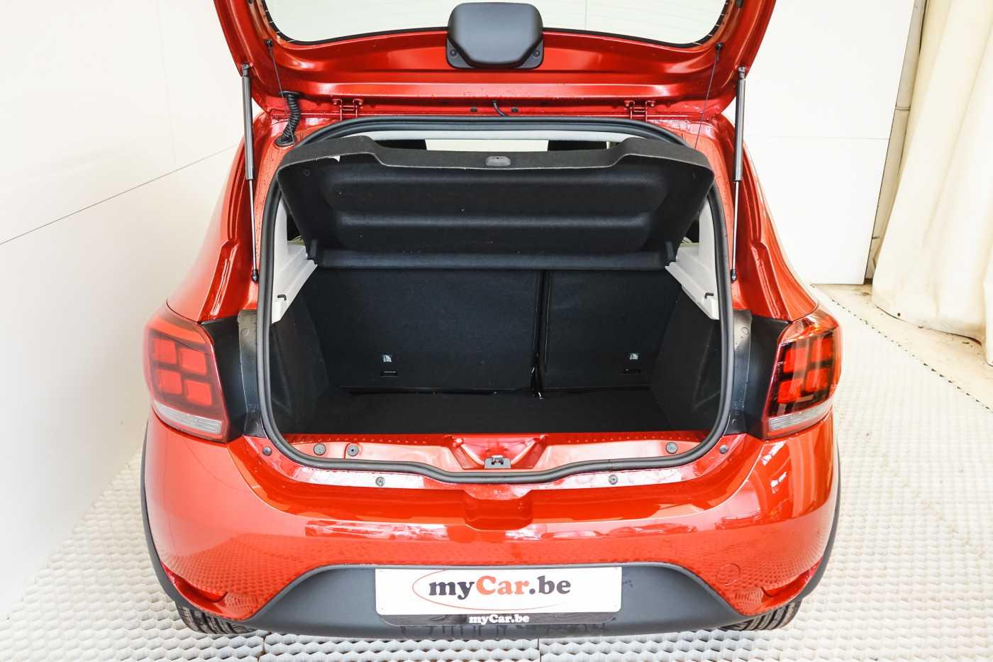 Dacia Sandero 1.0i SCe Stepway // Navi, Bluetooth, Airco, USB 7/27