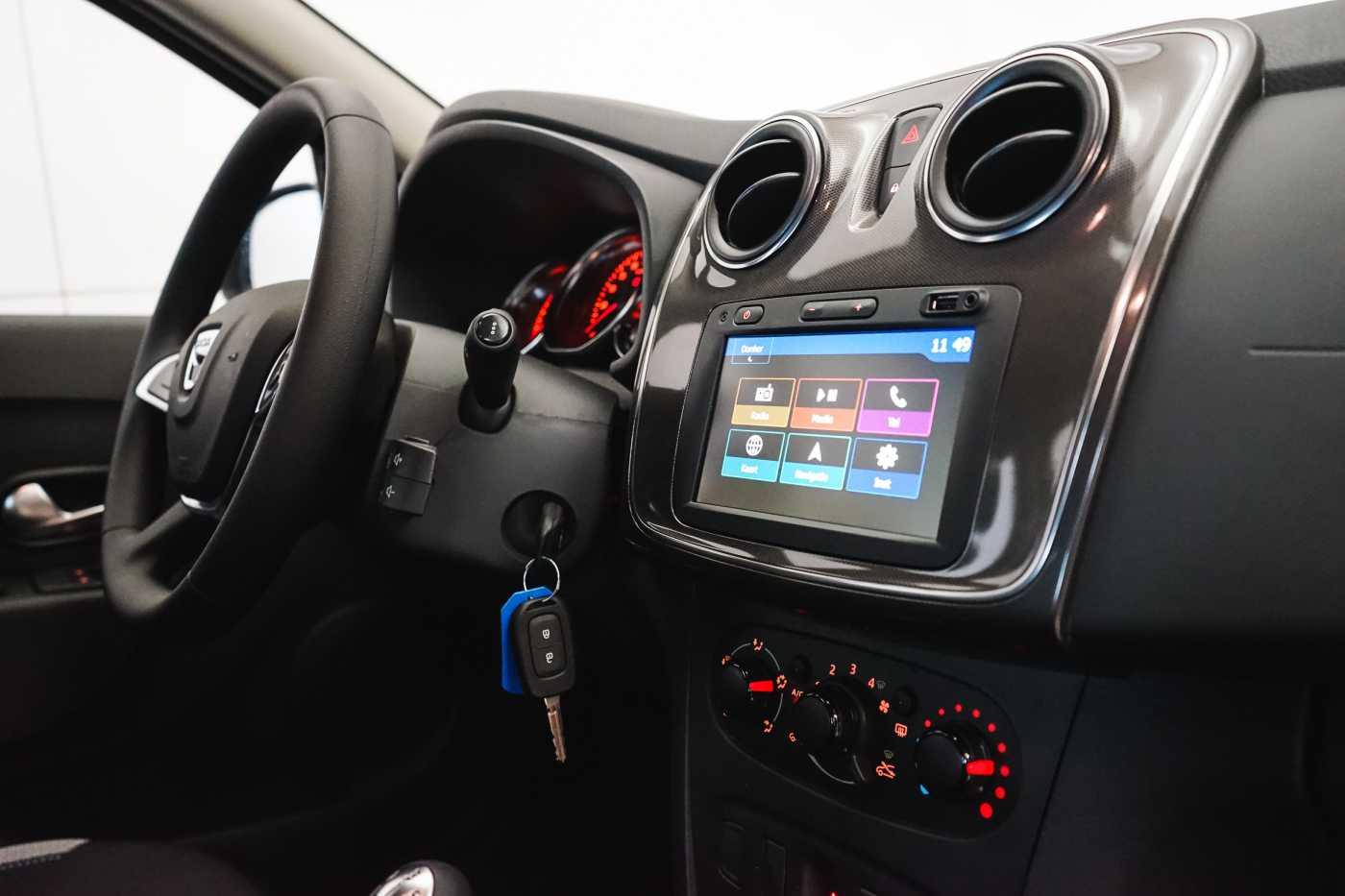Dacia Sandero 1.0i SCe Stepway // Navi, Bluetooth, Airco, USB 12/27