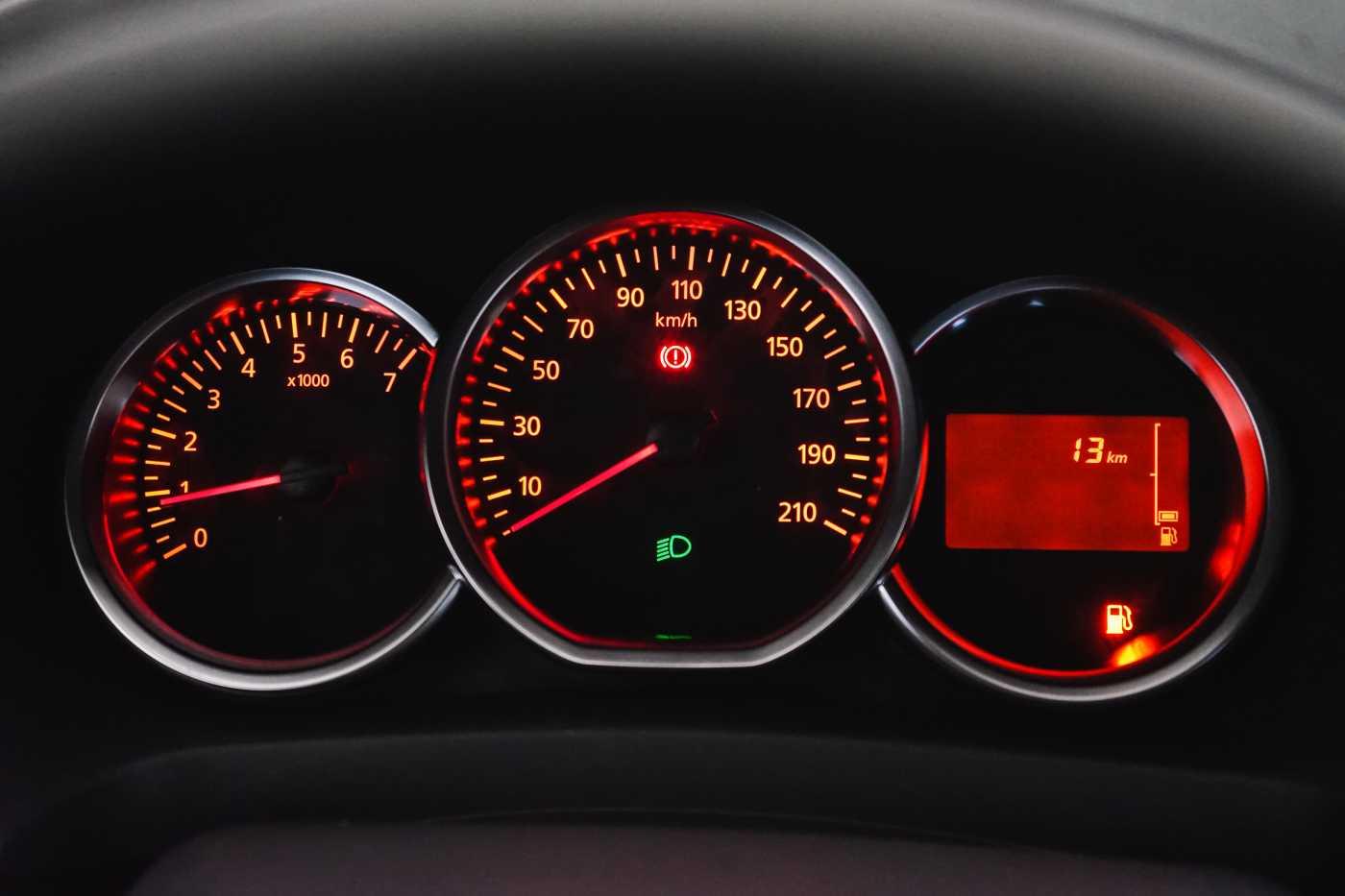 Dacia Sandero 1.0i SCe Stepway // Navi, Bluetooth, Airco, USB 22/27