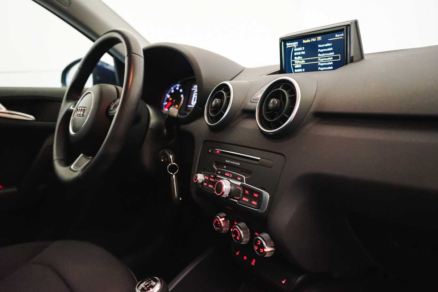Audi A1 Proline Admired S-Line // Bluetooth, Zetelverwarming, Airco 12/31