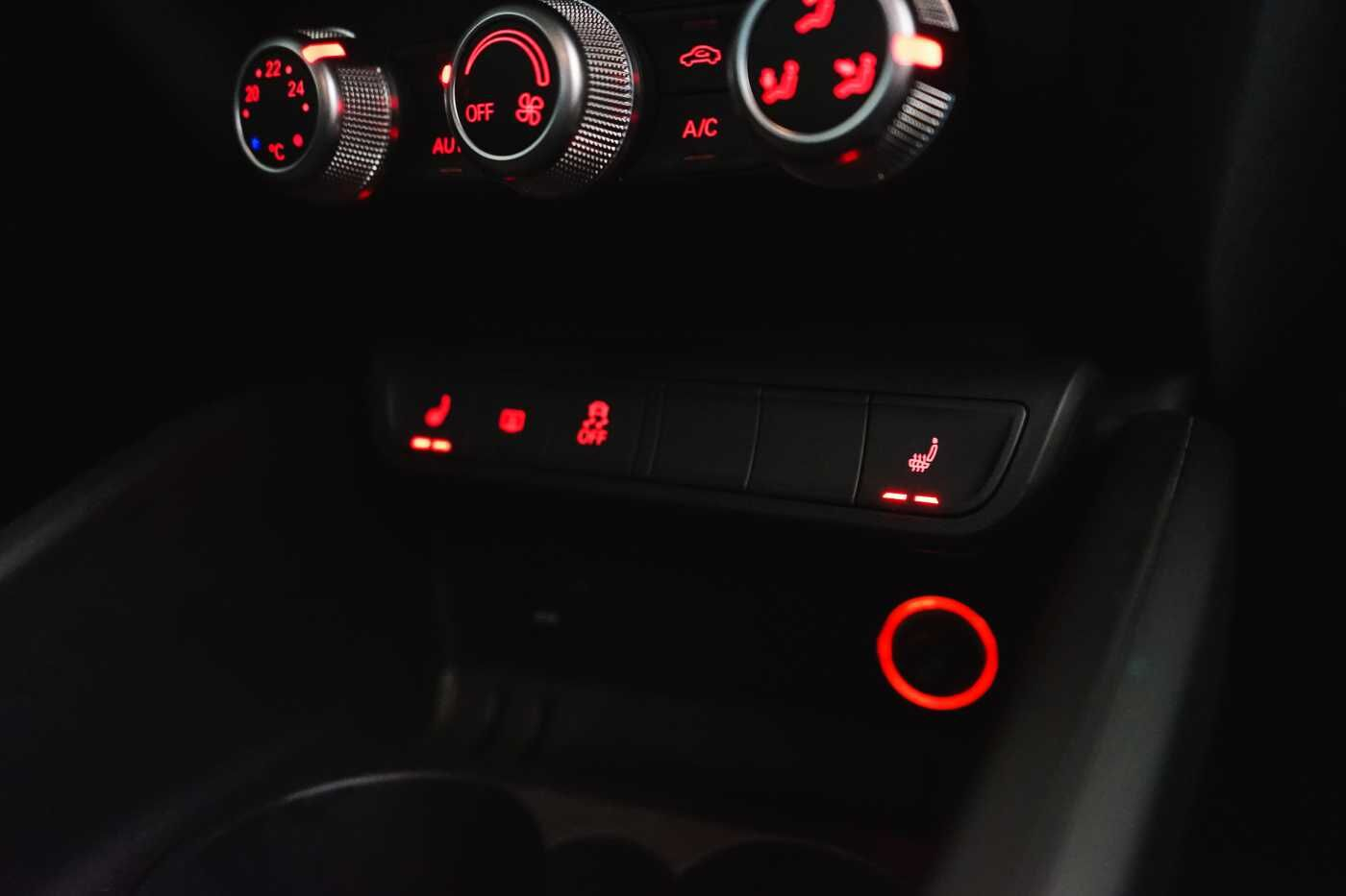 Audi A1 Proline Admired S-Line // Bluetooth, Zetelverwarming, Airco 13/31