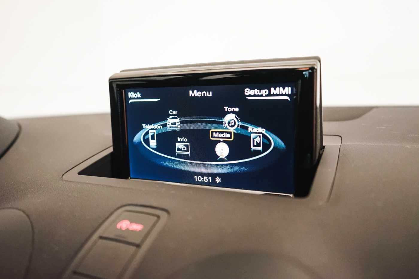 Audi A1 Proline Admired S-Line // Bluetooth, Zetelverwarming, Airco 18/31