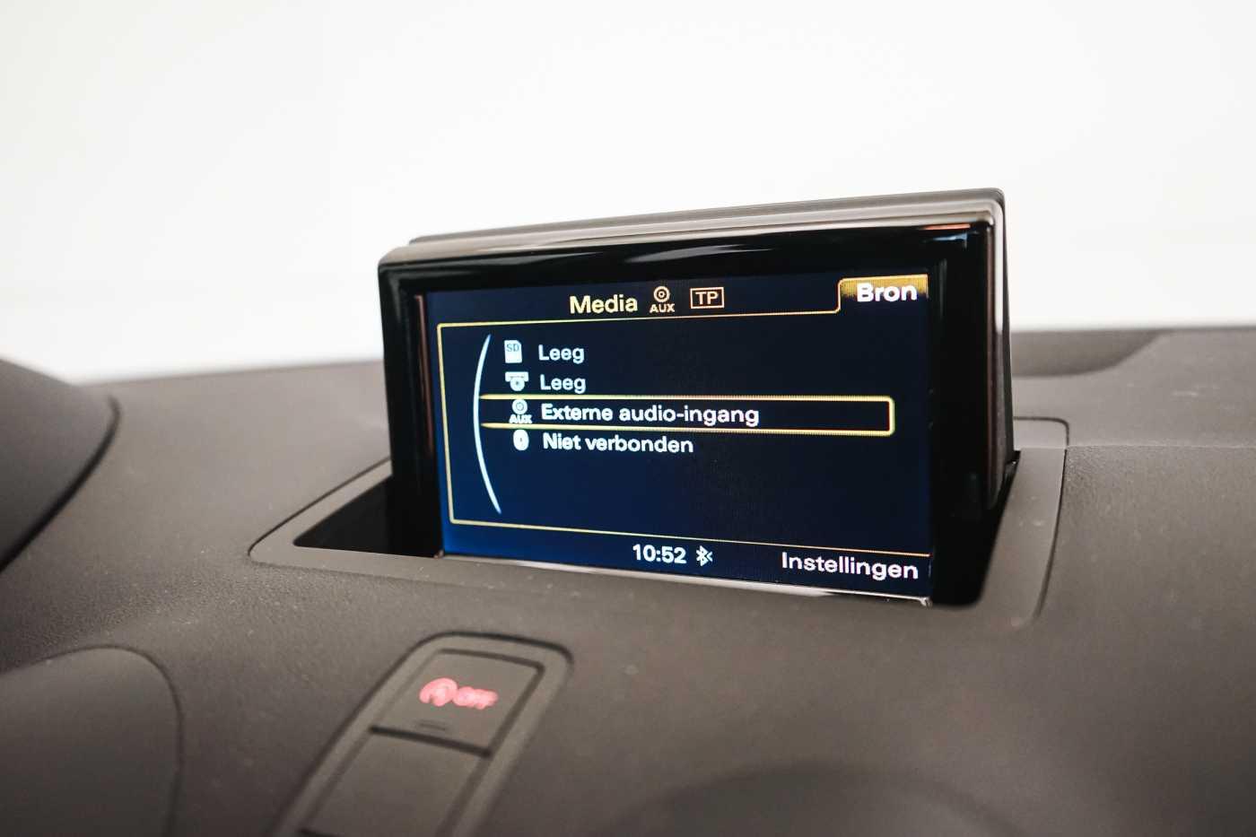Audi A1 Proline Admired S-Line // Bluetooth, Zetelverwarming, Airco 21/31