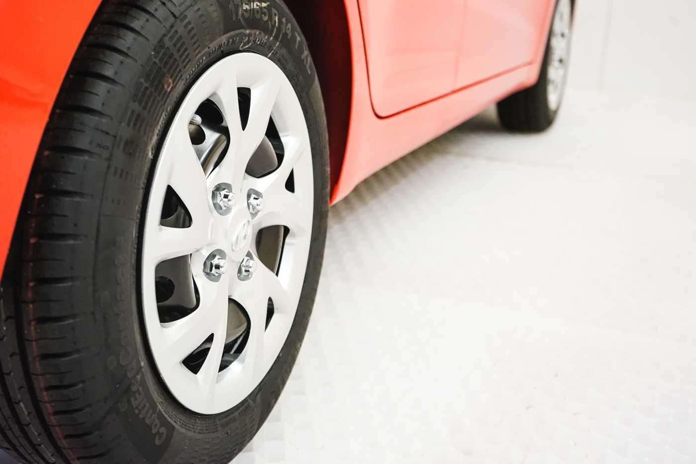 Hyundai i10 1.0i I-Drive // Mistlampen vooraan, Start/Stop 8/23