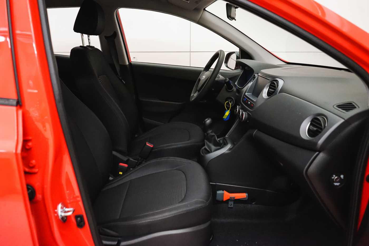 Hyundai i10 1.0i I-Drive // Mistlampen vooraan, Start/Stop 9/23