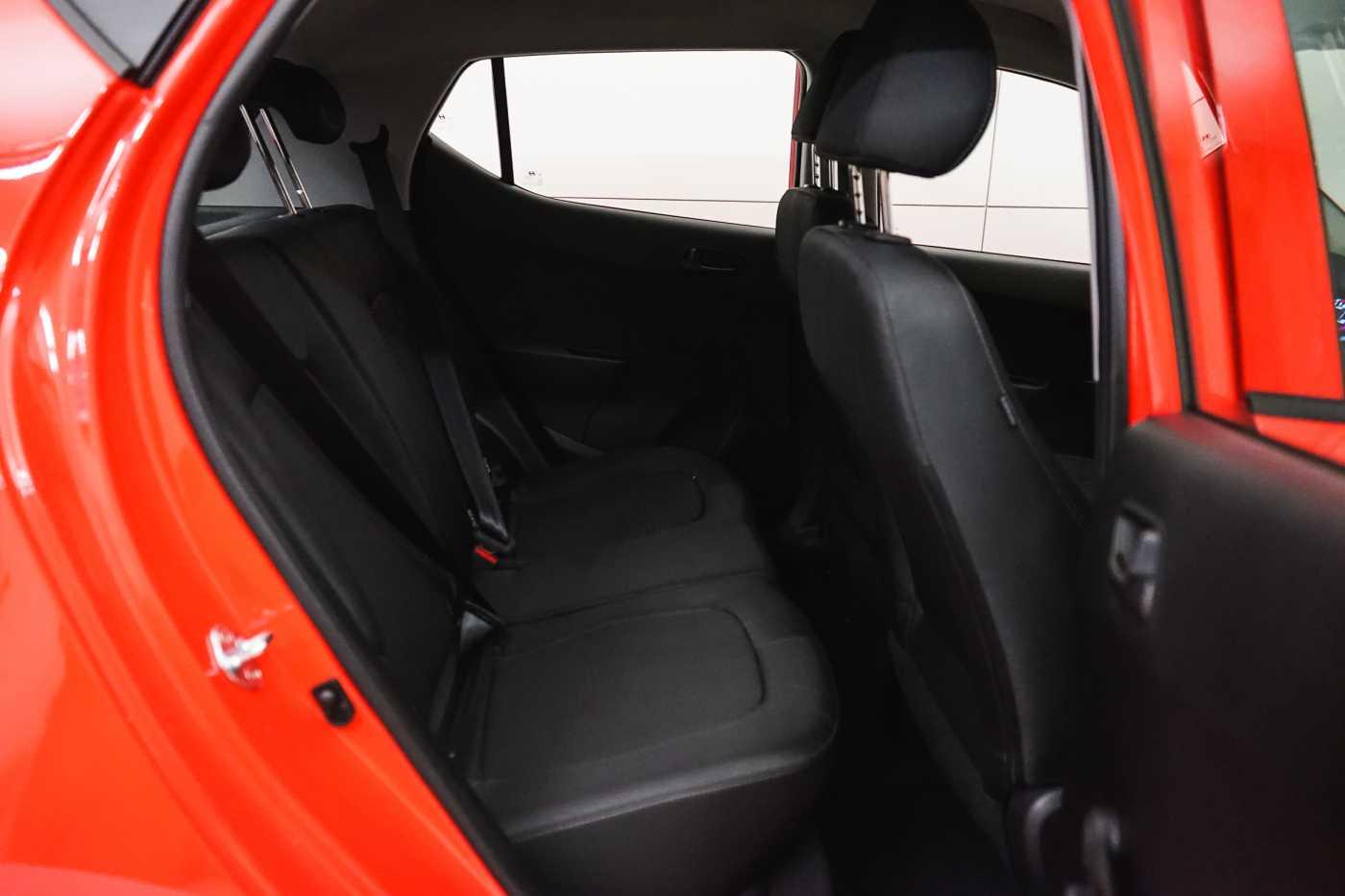 Hyundai i10 1.0i I-Drive // Mistlampen vooraan, Start/Stop 10/23