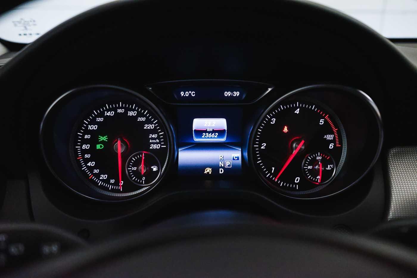 Mercedes CLA 200 d //Camera, Airco, Navi 25/33