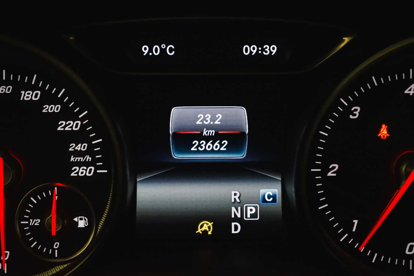 Mercedes CLA 200 d //Camera, Airco, Navi 26/33