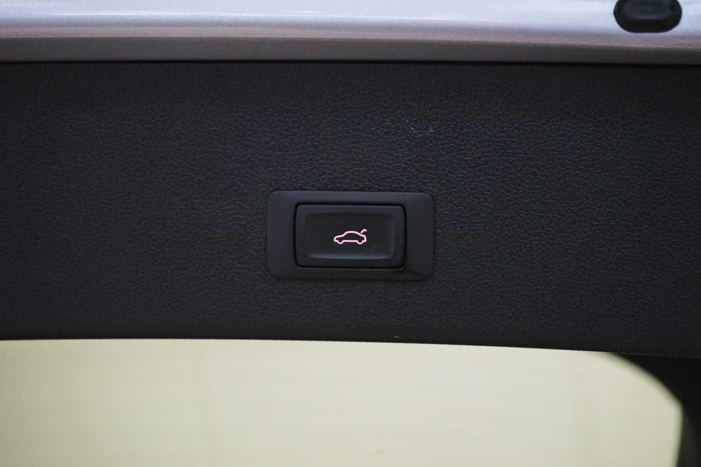 Audi A4 2.0 TDi S tronic // Sensoren, Bluetooth, Zetelverwarming 8/30
