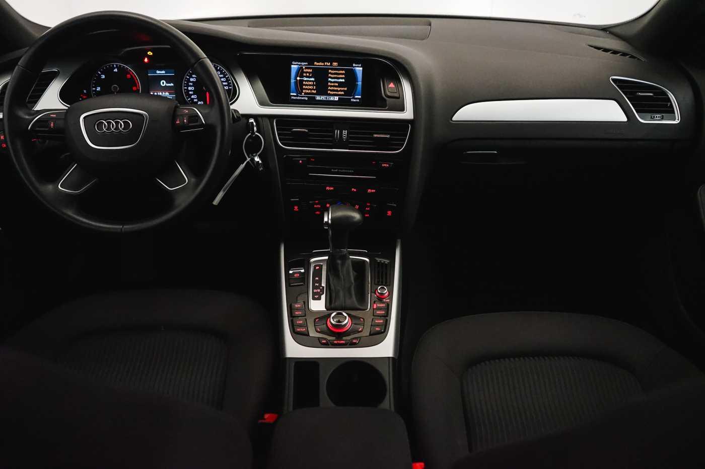 Audi A4 2.0 TDi S tronic // Sensoren, Bluetooth, Zetelverwarming 12/30