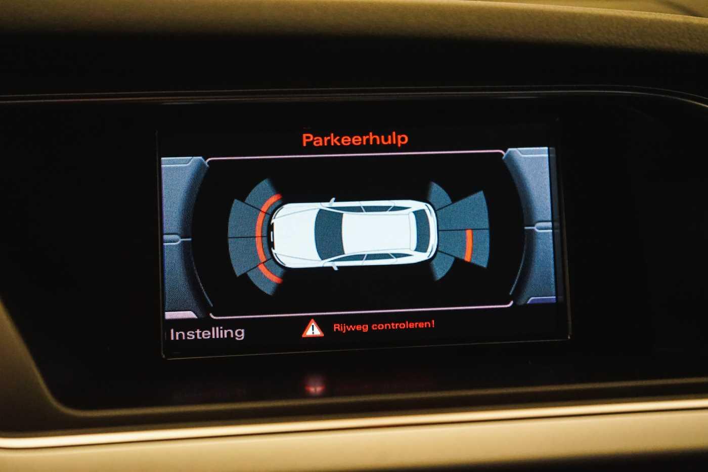 Audi A4 2.0 TDi S tronic // Sensoren, Bluetooth, Zetelverwarming 22/30