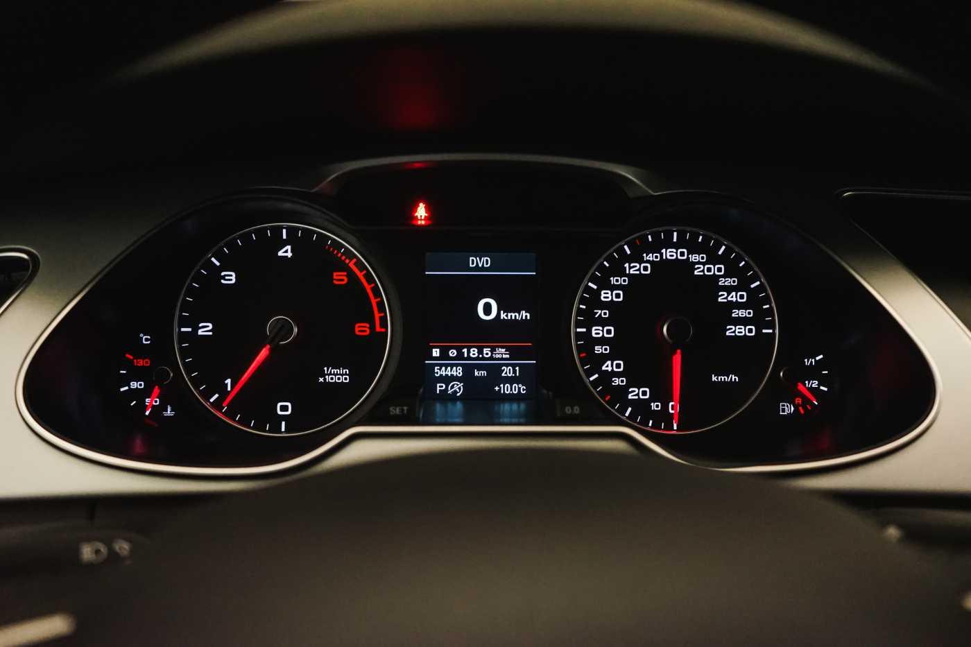 Audi A4 2.0 TDi S tronic // Sensoren, Bluetooth, Zetelverwarming 23/30