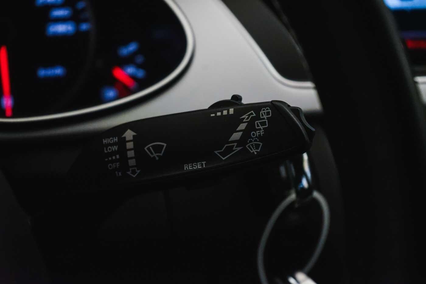 Audi A4 2.0 TDi S tronic // Sensoren, Bluetooth, Zetelverwarming 24/30