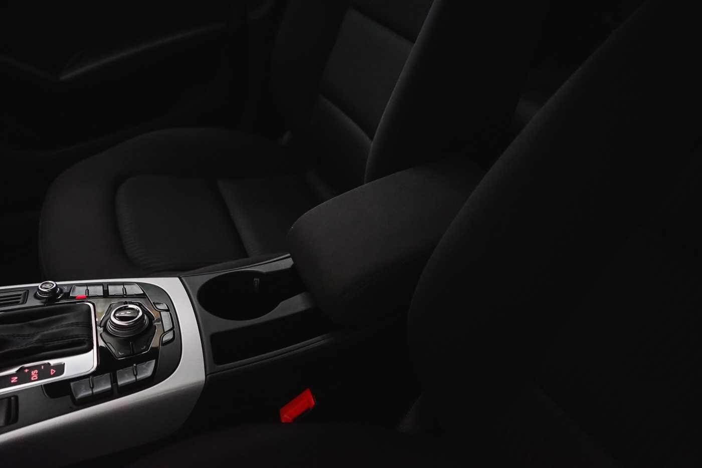 Audi A4 2.0 TDi S tronic // Sensoren, Bluetooth, Zetelverwarming 30/30