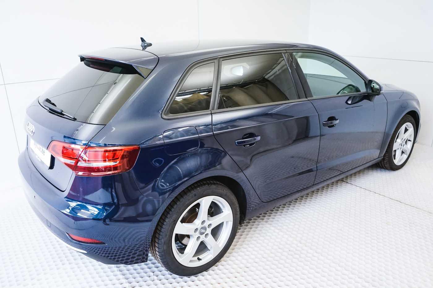 Audi A3 1.6 TDi Sport // dualzone airco, navi, zetelverwarming 6/33