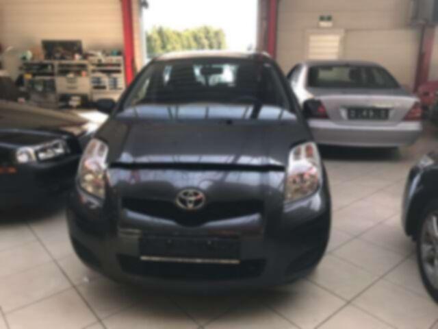 Toyota Yaris 1.0i VVT-i Luna//EURO 5 //PROBLEME MOTEUR /