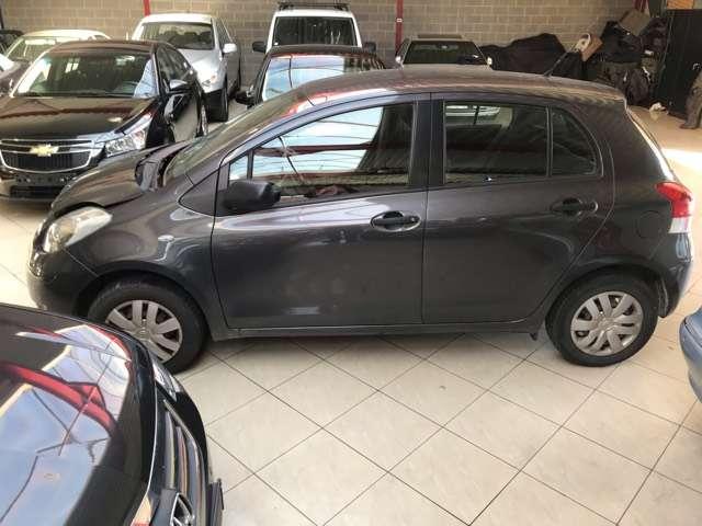 Toyota Yaris 1.0i VVT-i Luna//EURO 5 //PROBLEME MOTEUR / 11/15