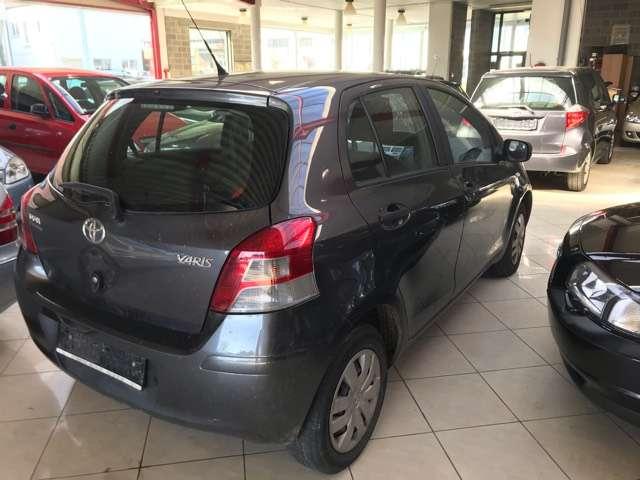 Toyota Yaris 1.0i VVT-i Luna//EURO 5 //PROBLEME MOTEUR / 6/15