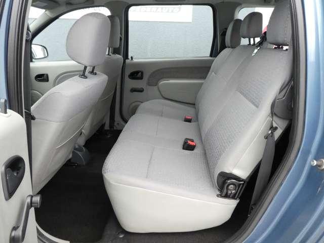 Dacia Logan 1.6i 16v Laureate 5pl. **GARANTIE 1 JAAR** 10/14