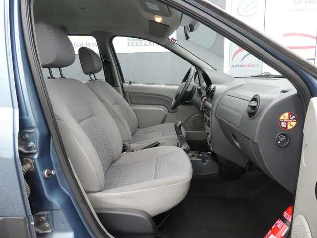 Dacia Logan 1.6i 16v Laureate 5pl. **GARANTIE 1 JAAR** 11/14