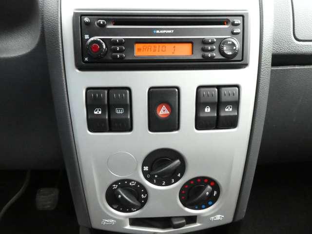 Dacia Logan 1.6i 16v Laureate 5pl. **GARANTIE 1 JAAR** 8/14