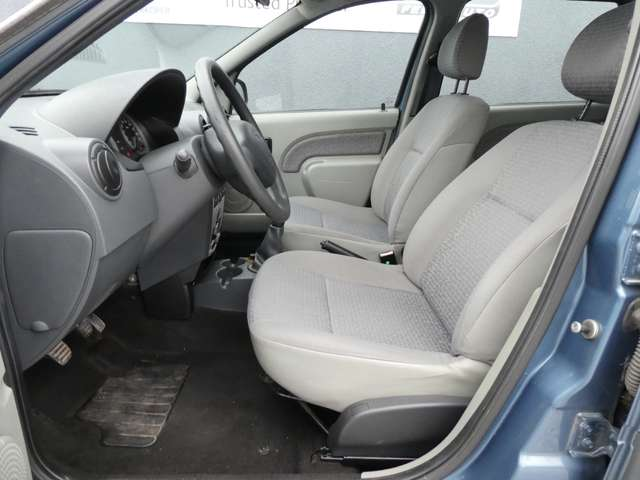 Dacia Logan 1.6i 16v Laureate 5pl. **GARANTIE 1 JAAR** 9/14