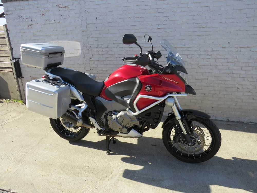 Honda On/Off/Adventure 2012 1/5