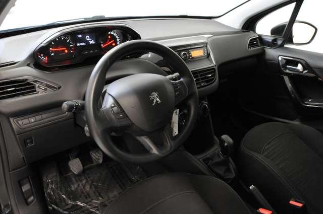 Peugeot 208 1.2i Access - cruise control - radio/cd - ....