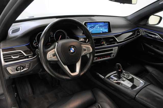 BMW 730 Saloon D x-Drive - leder - navi - led - open dak - camera