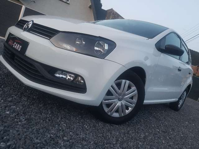Volkswagen Polo 1.4 CR TDi Trendline//66000km//GPS//AIRCO 1/9