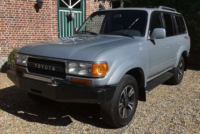 Toyota LANDCRUISER FJ 80 9/15