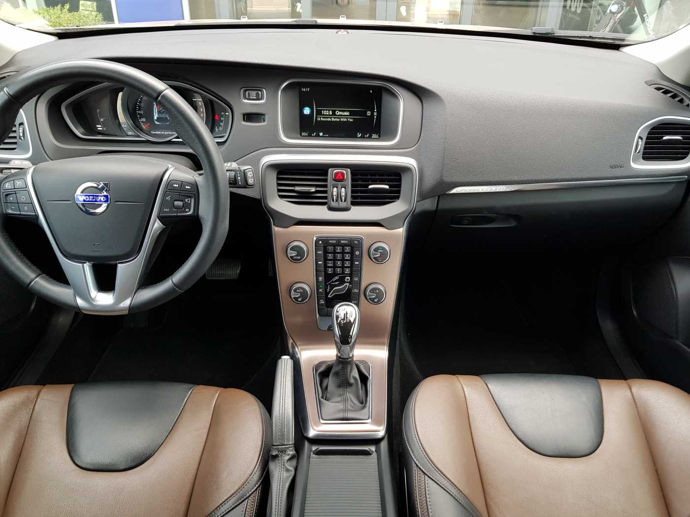 Volvo V40 Cross Country Cross Country D2 AUT Summum 7/10