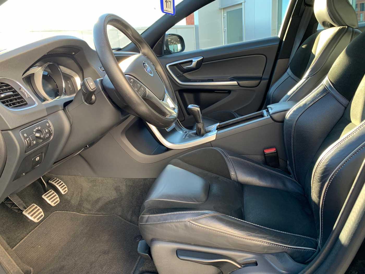 Volvo S60 R-Design D2 5/10