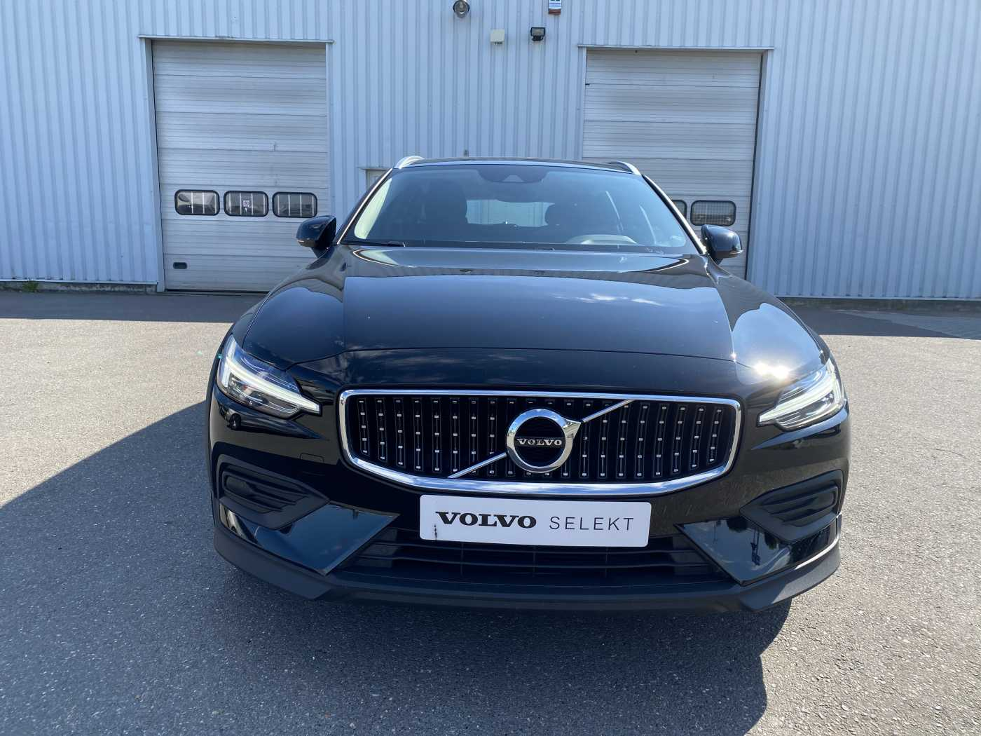 Volvo V60 Cross Country D3 AUT AWD Cross Country / 2 jr Garantie / Camera / Winter 3/22