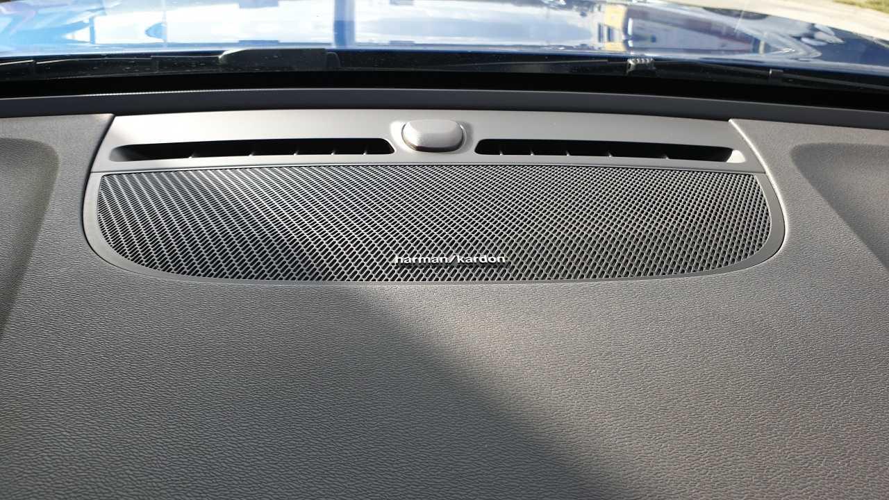 Volvo XC 40 T3 R-Design 9/14