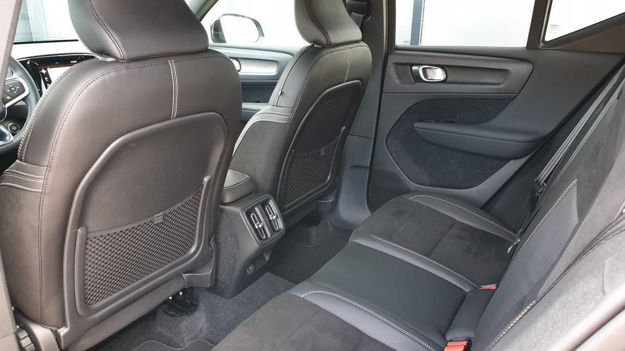 Volvo XC 40 T3 R-Design 13/14