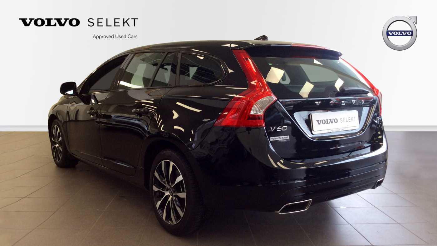 Volvo V60 Dynamic D2 Geartronic + Navi + Winter Pack + .... 4/24