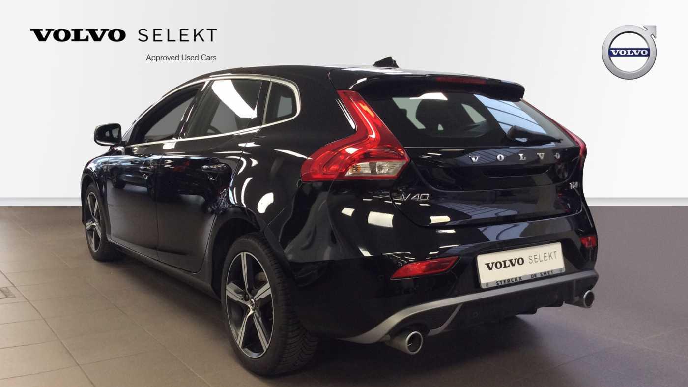 Volvo V40 Sport Edition T2 Geartronic + Navi + Leder + Winter Pack + ... 4/24