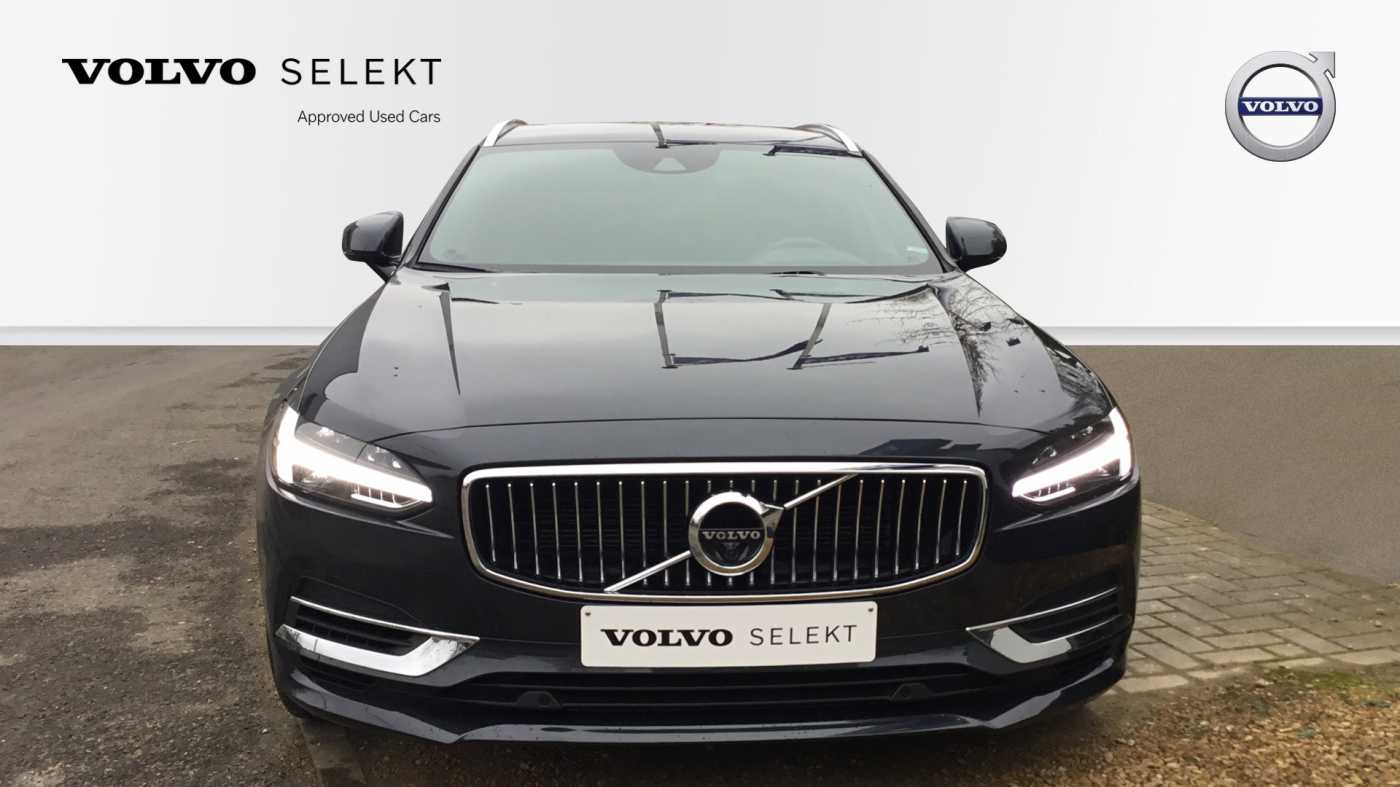 Volvo V90 3/29