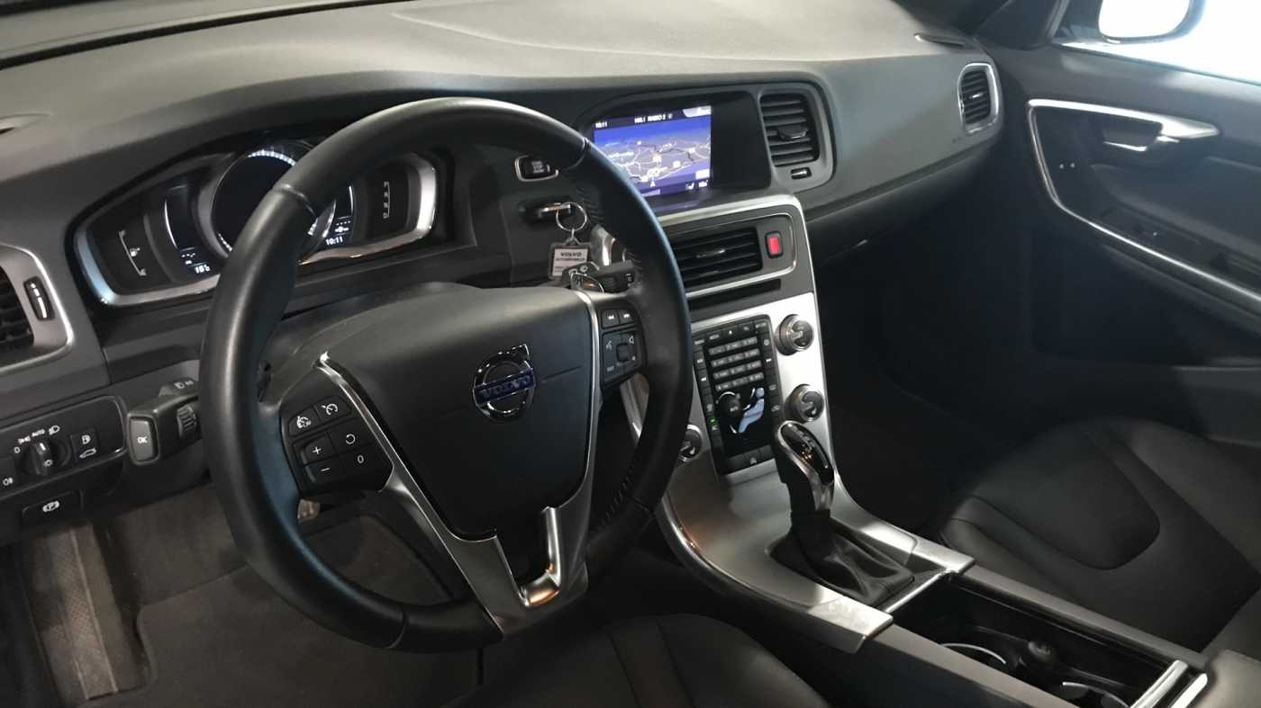 Volvo V60 Cross Country Cross Country Pro D3 Geartronic 5/11
