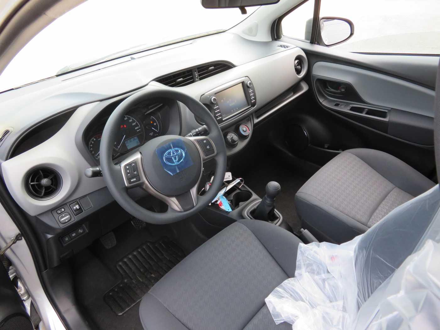Toyota Yaris 1.0L 7/7