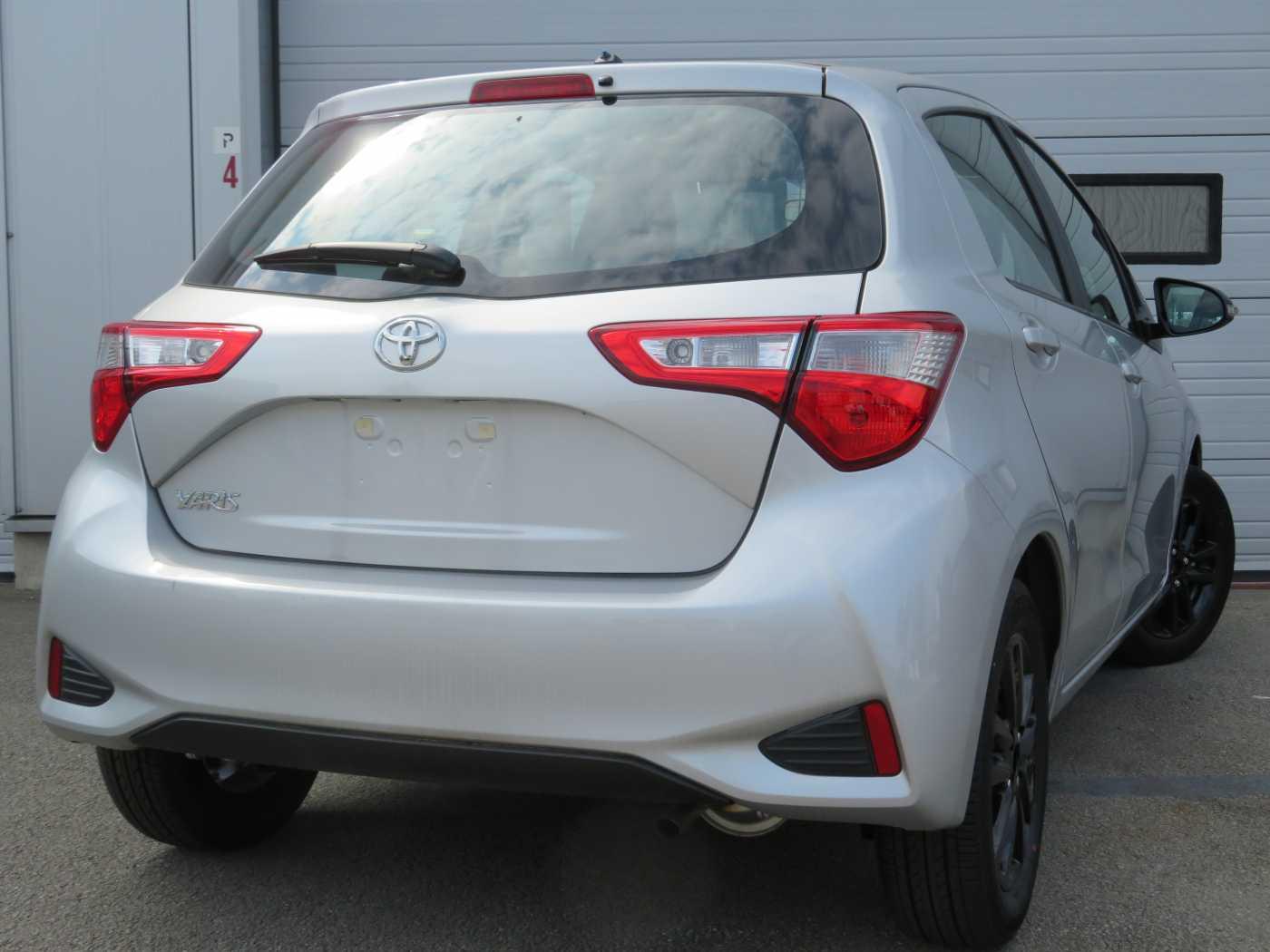 Toyota Yaris 1.0L 3/7