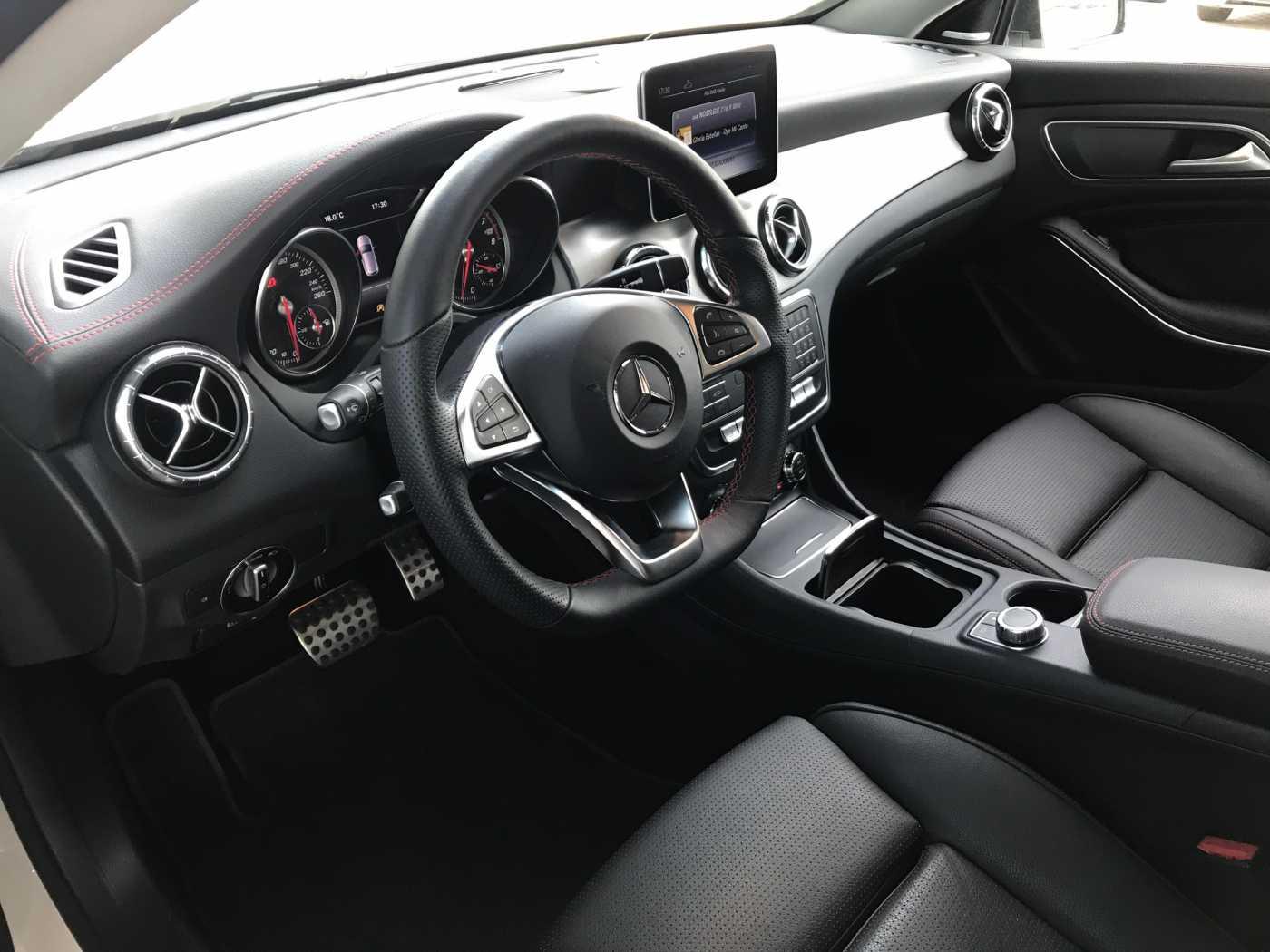 Mercedes CLA 200 2/13