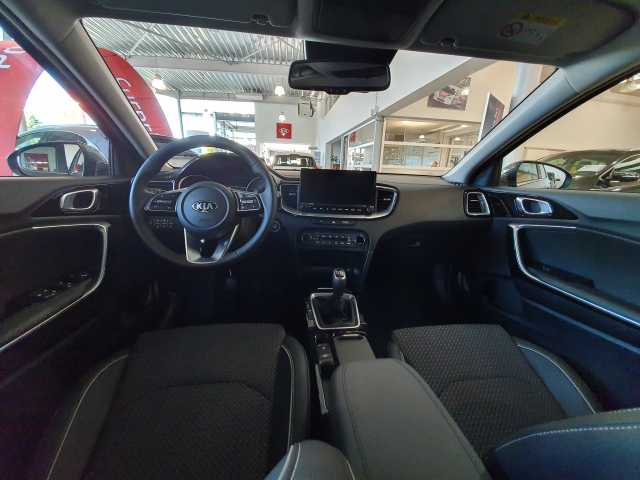 Kia Ceed 1.4 Turbo Benzine ISG 'MORE' 8/9