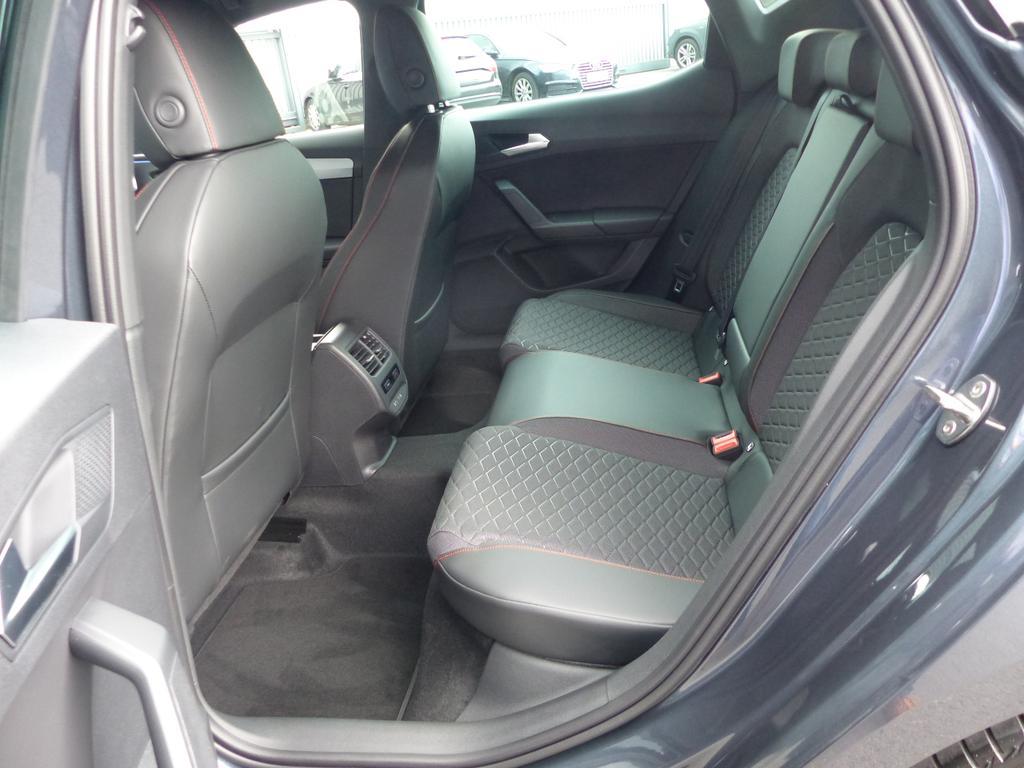 SEAT Leon Leon 5D FR 2.0 TDI 150pk (110kW) DSG 7v EURO 6 DG
