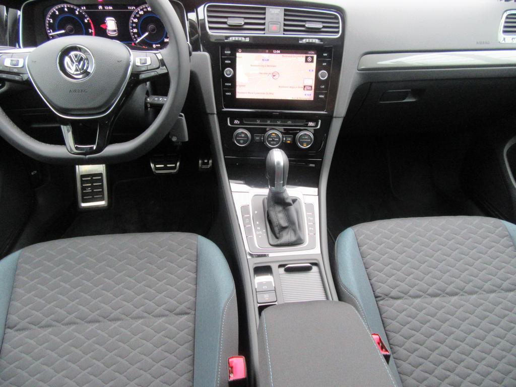 Volkswagen Golf VII 1.5 TSI EVO Comfortline DSG 4/22
