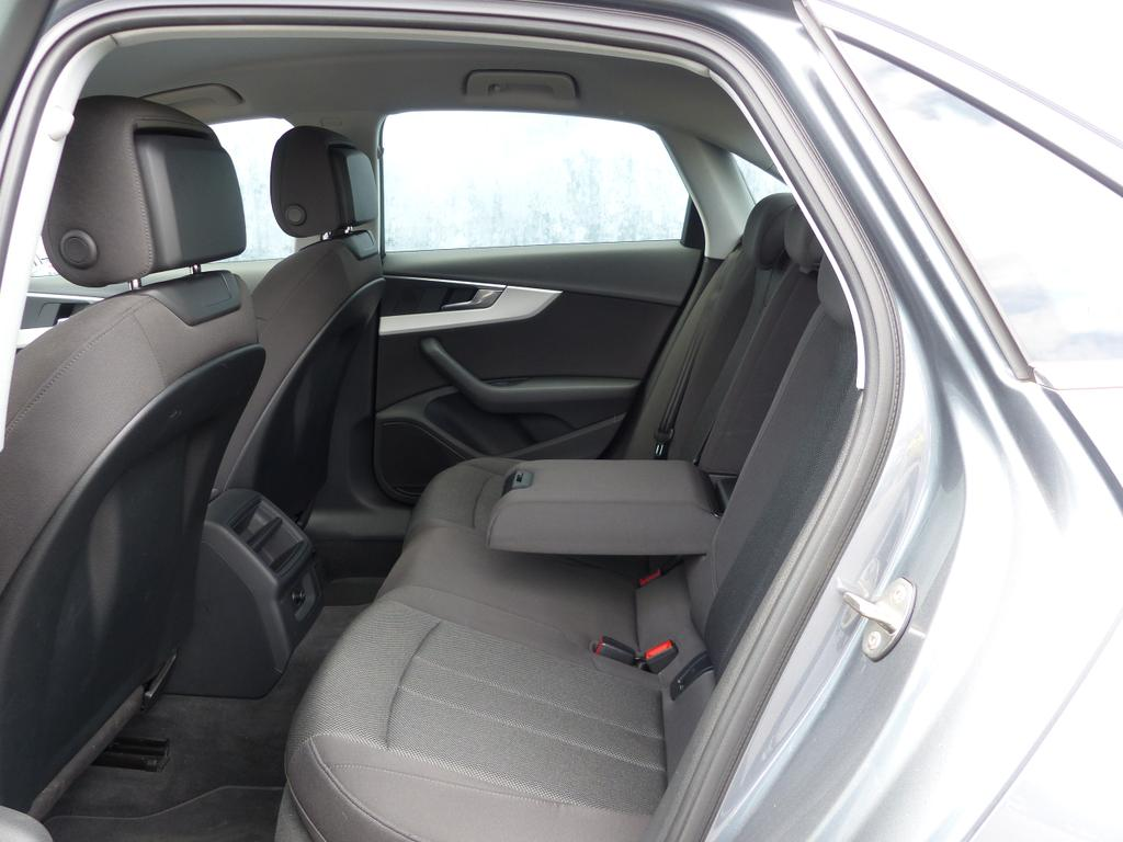 Audi A4 2.0 150pk S-Tronic EURO6b*2J GARANTIE*GPS*BLUETOOTH*TOPWAY.BE