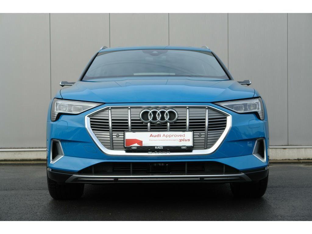 Audi E-Tron 55 Quattro Advanced (95 kWh) 2/17