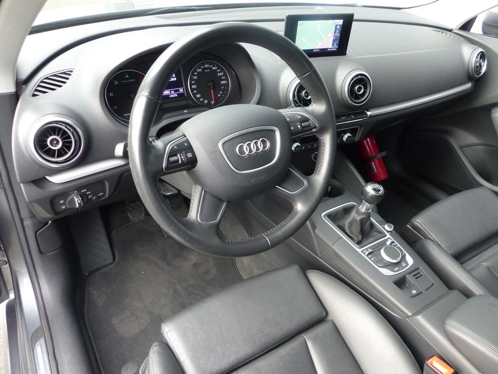 Audi A3 Sportback S-LINE*1.6 TDI 110pk EU6b*XENON*LEDER*GPS*BLUETOOTH*KORTRIJK*TOPWAY.BE