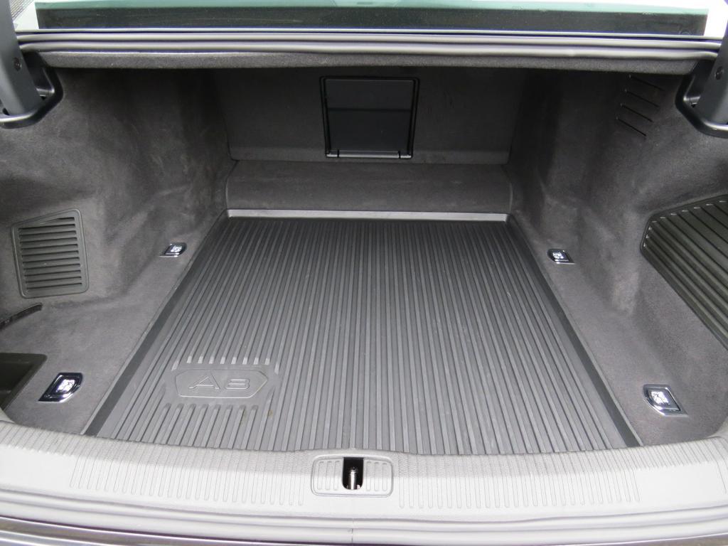 Audi A8 Dsl 50 TDi Quattro Tiptronic (EU6.2) 15/17